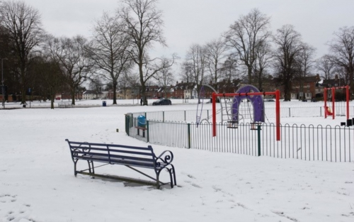 Snow on the Devizes Green and playground
